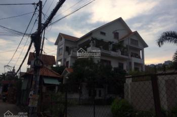 Cho thuê biệt thự P. Thảo Điền, Quận 2, DT 15x20m bồ bơi, 2 lầu 5 PN, full nội thất. 0937334693
