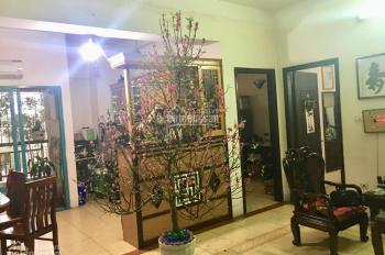 Gia đình mình cần bán căn tầng 3, nhà A2 - Chung cư 151A Nguyễn Đức Cảnh