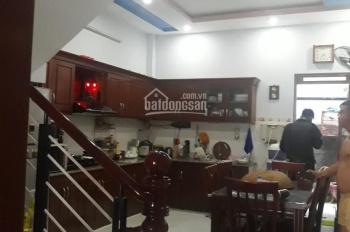 Cần bán nhà hẻm 5m đường Nguyễn Văn Săng. DT nhà 4.2x15m, nhà thiết kế 3 lầu ST