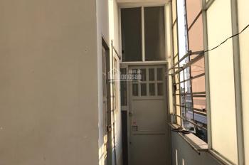 Cho thuê phòng có gác 60/19 Lâm Văn Bền, 25m2, có máy lạnh Inverter, wifi free, điện nước chính