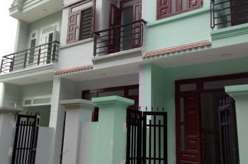 Cần bán nhà gấp nhà chính chủ, nhà xây 1 trệt 1 lầu, diện tích 100m2, LH chị Thêm 0902400166