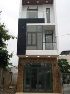 Nhà mới xây 3 tầng MT Nguyễn Công Hoan Thông ra cầu ngã 3 HUẾ