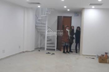 Chính chủ cần cho thuê gấp nhà mới hoàn thiện ngay ngã tư Sơn Tây - Kim Mã