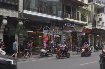 Bán căn hộ tại phố Hàng Gai, Hoàn Kiếm, DT 102m2. Giá 5,8 tỷ