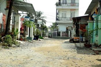 Bán gấp 4x25m giá 1.35 tỷ đất 2 mặt tiền chợ Đức Hòa, KV1 thị trấn Đức Hòa Long An LH 0949 8612 87