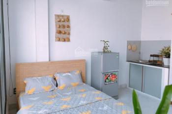 Phòng đầy đủ tiện nghi ngay gần CMT8 giá 4tr6 - 5tr3/th