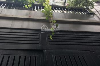 Chính chủ cần bán nhà phố Nguyễn Cảnh Chân quận 1, giá 4,8 tỷ LH: 0902682488 (Thủy) tặng nội thất