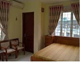 Cho thuê nhà ngõ 143 Trung Kính 60m2, 5 tầng, mặt tiền 4.5m