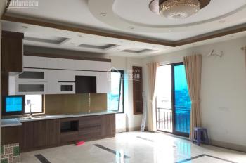 Nhà lô góc 3 mặt thoáng, view Hồ Tây cực đẹp, ngõ phố Trích Sài thông sang Lạc Long Quân, Tây Hồ