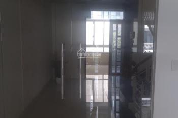 Cho thuê nhà nguyên căn đường số khu Him Lam Quận 7, DT 5x20m giá 40tr/tháng. LH 0909636603