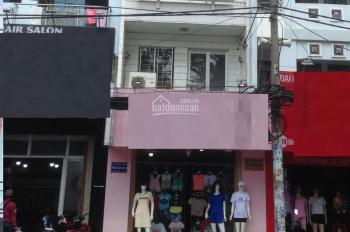 Nhà cho thuê khu Bình Phú, P. 11, Q. 6. Giá chỉ: 20 triệu/tháng