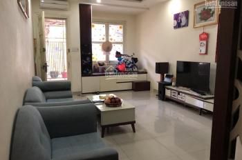 Chính chủ bán căn hộ, Quận Phú Nhuận, ngay ngã tư Hoàng Văn Thụ và Trần Huy Liệu, DT: 130M2