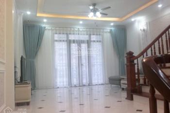 Gia đình tôi đang cần tiền muốn bán gấp nhà phố Lý Thường Kiệt, Quang Trung, HĐ, ô tô vào nhà kinh