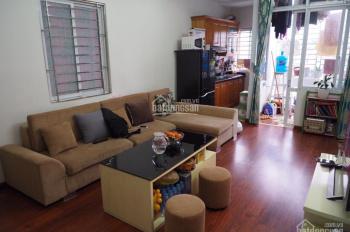 Chủ nhà cần bán căn hộ mini 60m2, 2PN, 2WC giá 900tr, ngay cổng làng Đình Thôn, Mỹ Đình, ngõ ô tô