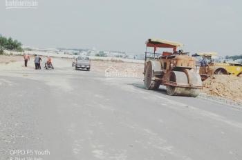 Có 1 lô góc dự án khu nhà ở Vĩnh Tân giá 700tr ở đường D5 diện tích 80m2. Liên hệ 0908.65.40.46
