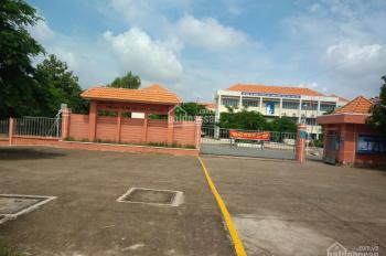 Bán 300m2 đất thổ cư và lô góc 2 MT đường nhựa 25m, gần chợ và bệnh viện, khu công nghiệp Nhật