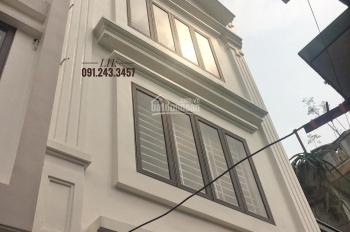 Bán nhà đẹp hiện đại 4 tầng, 55m2 Đông Nam ở Chợ Con - Hồ Sen, giá chỉ 2.05 tỷ TL