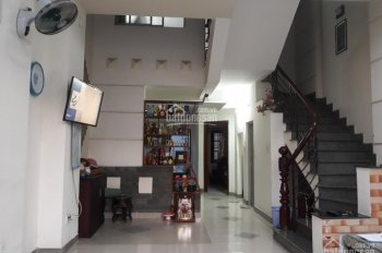 Chủ bán gấp nhà 3 tầng 2 MT giá 8.8 tỷ/95m2, KDC Phú Nhuận Hiệp Bình Chánh gần nhà hàng bên sông