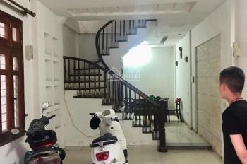 Cho thuê nhà Lê Văn Lương, 5 tầng, 7 phòng, 68m2, 18 tr/tháng: 0963519901