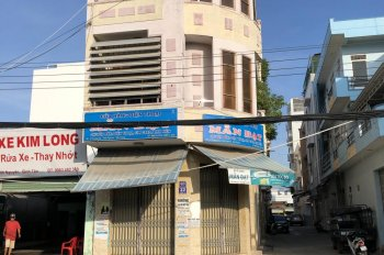 Chính chủ cần bán 2 căn nhà liền kề mặt phố tại số 32 Trường Sa, phường Vĩnh Nguyên, TP. Nha Trang