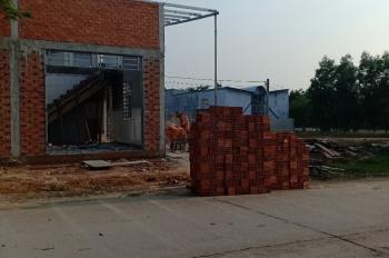Chính chủ bán đất mặt tiền đường nhựa 12m đối diện trường Chánh Phú Hòa, giá đầu tư - LH 0975806144