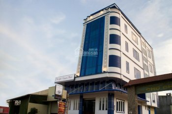 Chuyển nhượng khách sạn mới xây với nội thất cao cấp tại 832 Lê Duẩn. LH 0981230277