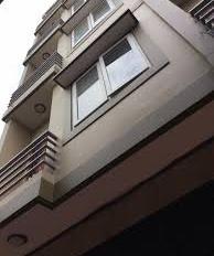 Bán nhà riêng mặt ngõ 12 Đỗ Quang, Trần Duy Hưng. DT 50m2, 5 tầng, giá 11.5 tỷ, LH 0984250719