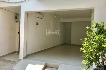 Cho thuê gấp nhà làm mặt bằng kinh doanh đường Khánh Hội, giá 8.8 triệu/tháng, liên hệ 0909247375