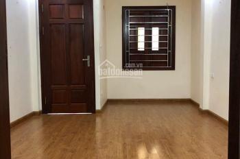Cho thuê nhà ngõ phố Tân Mai ô tô tránh nhau, DT 25m2 x 5 tầng, giá 8,5 tr/th