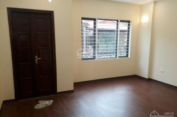 Chính chủ bán nhà khu phân lô ngõ 40 Phan Đình Giót, Phương Liệt, 33m2 x 5 tầng mới, giá 3.09 tỷ