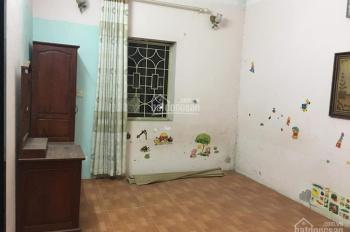 Bán gấp nhà phân lô phố Phan Đình Giót, Thanh Xuân, 40m2 x 3T, 2.7 tỷ, ô tô đỗ cửa, ngõ thông 2 đầu