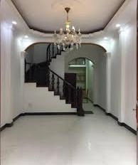 Cho thuê nhà mặt ngõ Láng Hạ, DT: 60m2 x 5 tầng, MT: 4,5m, giá: 20tr/th, LH: 0339529298