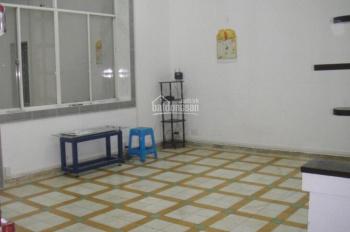 Cho thuê chung cư tầng 3, 18 Trần Hưng Đạo, Q1, 2PN 80m2, NTCB, giá 10tr/tháng. LH: 0932.103.949