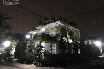 Cần bán gấp nhà 2 mặt tiền đường Trần Kế Xương, 11x20m, trệt 2 lầu, chỉ 31 tỷ