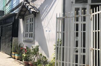 Cần bán 2 căn nhà nhỏ DT 50m2, gần cầu Phú Xuân, sổ hồng vay ngân hàng dễ dàng