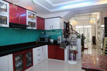 Bán nhà khu kinh doanh đồ điện tử Nguyễn Kim, DT: 3,5x18m, nhà 3 lầu đẹp