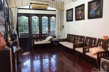 Nhà mặt phố Kim Mã, Ba Đình, vị trí đẹp, DT: 64m2, 5 tầng, vỉa hè, kinh doanh sầm uất, cực hiếm
