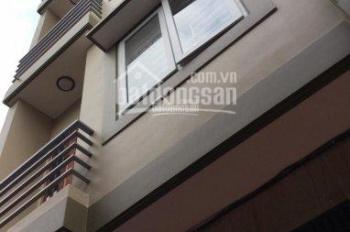 Cho thuê nhà 60m2 x 4T mặt phố Hoa Bằng. Giá: 20tr/th