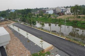 Cần tiền bán gấp nhà mới 90%, mặt tiền sông Vàm Thuật, đường lớn quận 12 - giá rẻ nhất