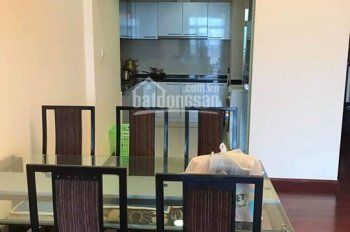 Chính chủ cần bán gấp căn 2 phòng ngủ ở Hòa Bình Green City. LH: 0904406532