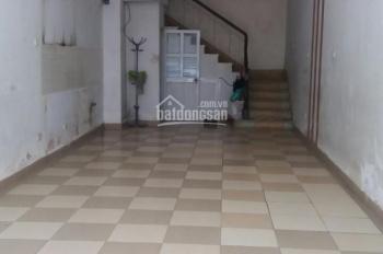 Cho thuê nhà Phạm Thận Duật 50m2 * 4.5T thông sàn ô tô đỗ cửa, giá 19tr/th. LH 0333698386