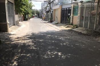 Bán đất thổ cư, đường Dương Văn Cam, sát chợ Thủ Đức, DT 63m2, sổ riêng, KDC hiện hữu, an ninh tốt