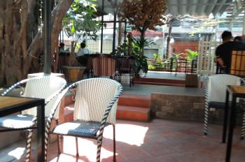 Sang lại quán cafe góc 2MT hẻm P Tân Sơn Nhì, DT 12x22m, giá chỉ 26tr/th