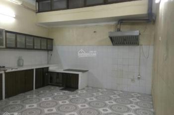Cho thuê nhà riêng ngõ 88 Trung Kính, 70m2 * 3,5 tầng, 21 triệu/th