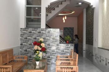 Cho thuê nhà riêng tại Đê La Thành, DT: 55m2 x 4 tầng, MT: 4m, giá: 16tr/th, LH: 0339529298