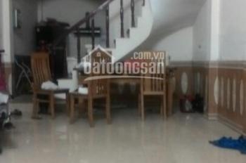 Cho thuê nhà 4 tầng, 4 phòng ngủ rộng tại ngõ 252 Tây Sơn, diện tích 50m2/tầng, ngõ ô tô qua lại
