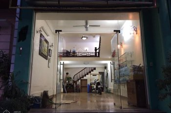 Cho thuê nhà cửa hàng MP Lò Rèn 40m2, MT 5m, giá 20tr/th. LH: 0948 990 168 Mr. Duy