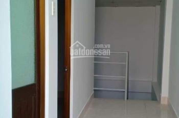 Cần tiền bán gấp căn nhà 2 mặt tiền hẻm thoáng mát, trung tâm Phường Phước Long B Quận 9