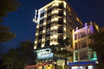 Chính chủ cho thuê khách sạn 19-21 Đông Du, P. Bến Nghé, Q. 1 gồm 34 phòng 2 hầm 8 lầu giá tốt nhất