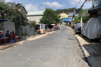 Cần bán gấp ngôi nhà nhỏ 2 phòng ngủ hẻm dễ di chuyển đường Đào Duy Từ giá rẻ– LH: 0942.657.566